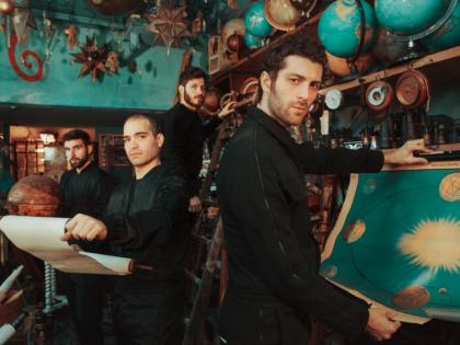 È IL MOMENTO DEGLI STAG! Kairos è il nuovo singolo in Radio dopo un anno meraviglioso tra disco, concerti, cinema e…